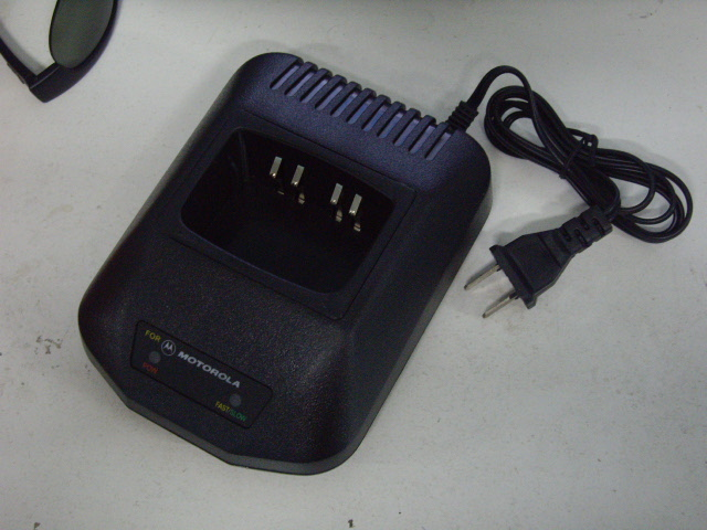 4 PIECES OF MOTOROLA GP328/338 110V CHARGER